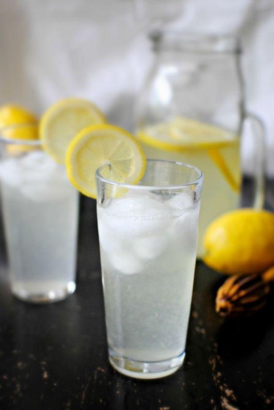 Vanilla Lemonade = summer in glass