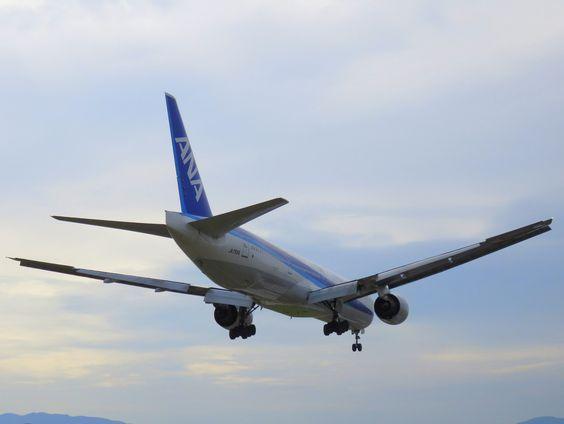 ANA 777-300 JA755A
