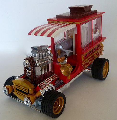 #LEGO Popcorn Wagon.
