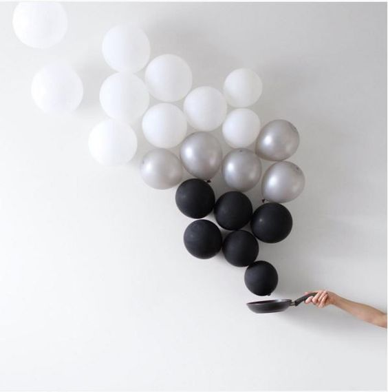 Balloons Become Minimalist Art - Neatorama