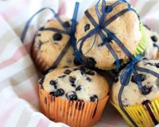 Muffins allégés au yaourt 0% et myrtilles : http://www.fourchette-et-bikini.fr/recettes/recettes-minceur/muffins-alleges-au-yaourt-0-et-myrtilles.html