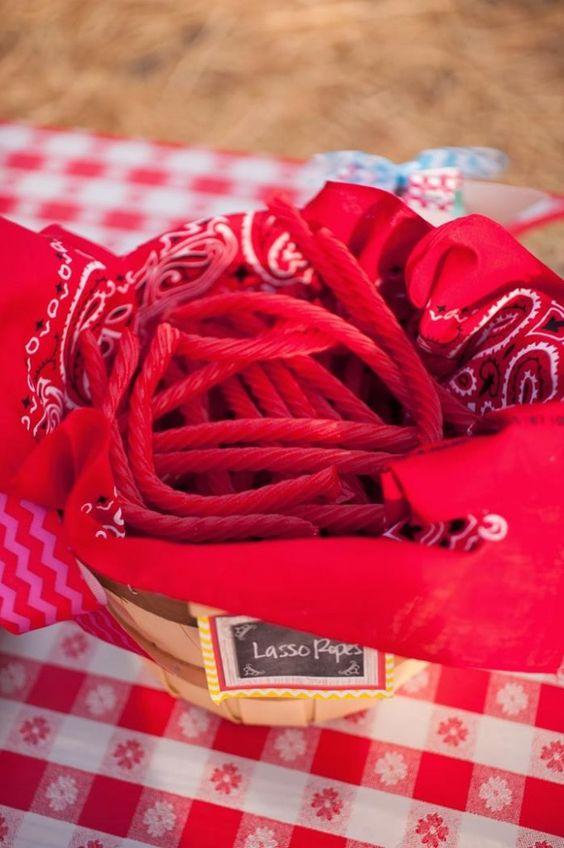 Lasso Ropes = Licorice