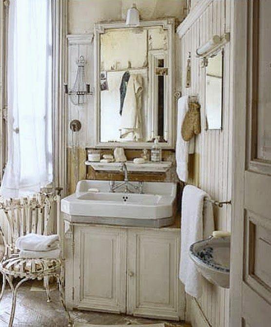 Fleaingfrance brocante society avignon perfection - Shabby chic bathroom sink ...