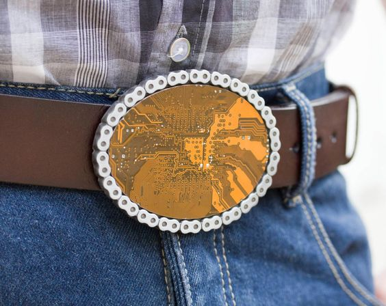 Men's Belt buckle - Bike chain - Big Geeky Belt buckle - yellow / olive green Circuit board