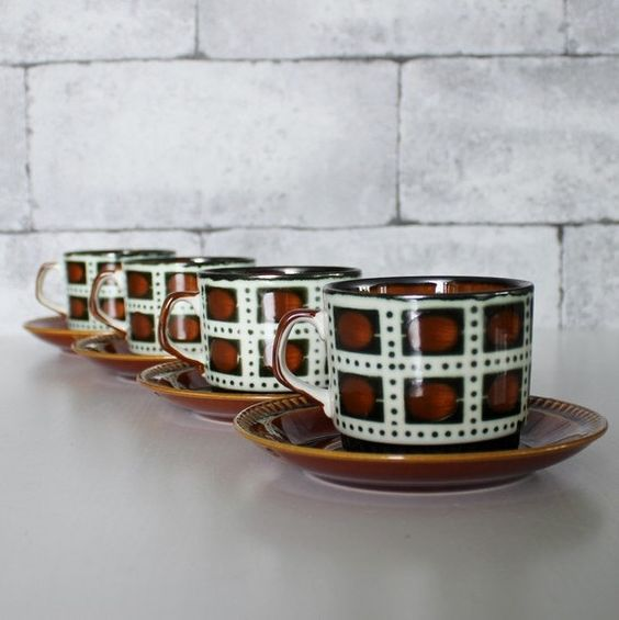 Vintage 1960's Set Of 4 VILLEROY BOCH Belgium Coffee/Tea Cups & Saucers Brown - C372 by OhlalaCamille on Gourmly