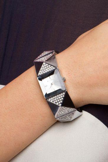 Jillian Watch