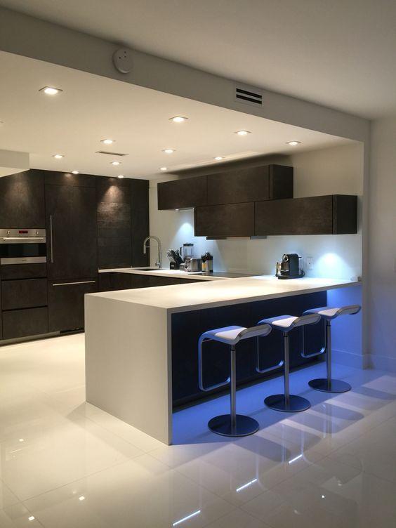20 Fresh Kitchen Design Inspirations From Pinterest Best Online Cabinets Kitchen Inspiration Design Modern Kitchen Design Kitchen Room Design