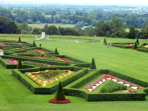ba2c2e833f68f8bd30c0559456f0235e - Stately Homes And Gardens Near Me