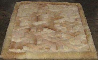 Alpaka Fellteppich mit Y Designs, aus den Anden Perus