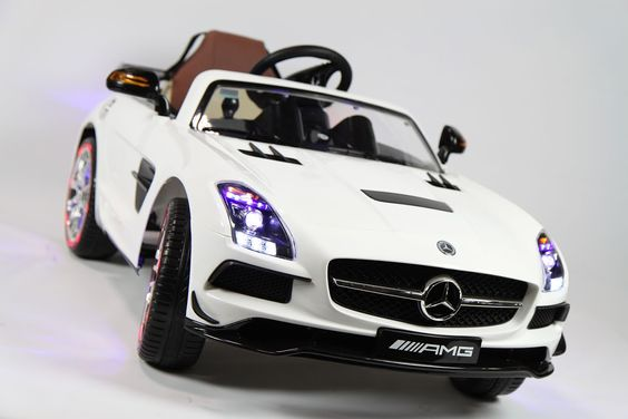 Information about our company for your tweet: Car Tots is the #1 Toddler Car Dealership. They specialize in remote control ride on cars for toddlers. Too Cool!  http://www.cartots.com/collections/remote-control-ride-on-cars