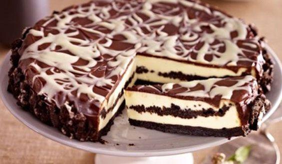 oreo k sekuchen cheesecake mit oreo keksen zum selber backen rezept anleitung torten. Black Bedroom Furniture Sets. Home Design Ideas