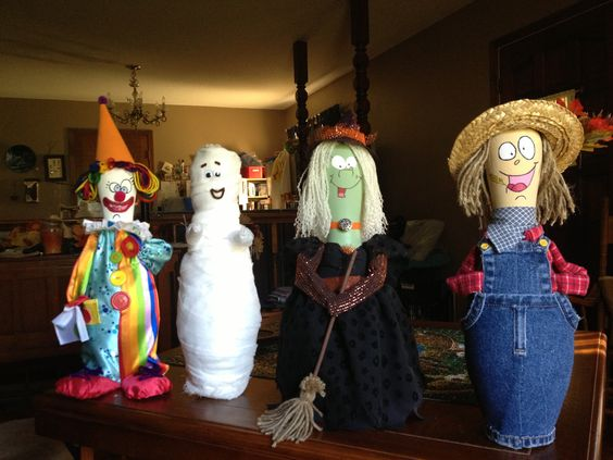 Halloween bowling pin people!!!    ...♡♥♡♥Love it!