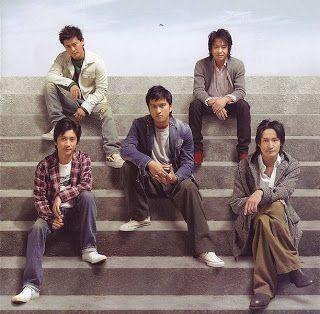 TOKIO5人とも階段座って若い頃の壁紙
