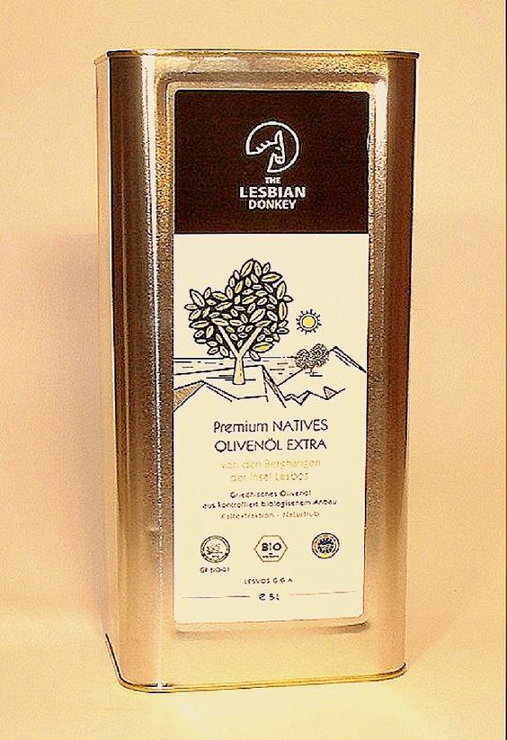 Es zeichnet sich besonders aus durch seinen hervorragenden, fruchtigen Geschmack, die goldene Farbe und sein mild-würziges Aroma. Mit seinem Säuregrad < 0.05% befindet sich dieses aussergewöhnliche Öl marktweit in der Spitzenklasse der besten biologischen #Olivenöle. Zu kaufen bei http://www.gutesvonkreta.de