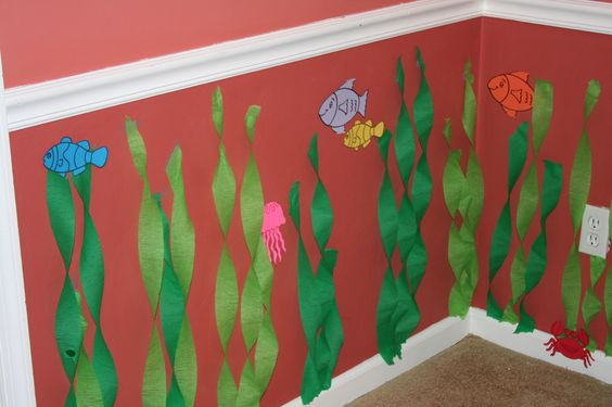 Seaweed and sea creature octonaut party decor