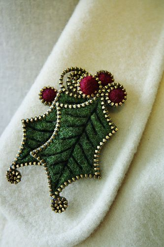 Holly Christmas jewelry made with zippers