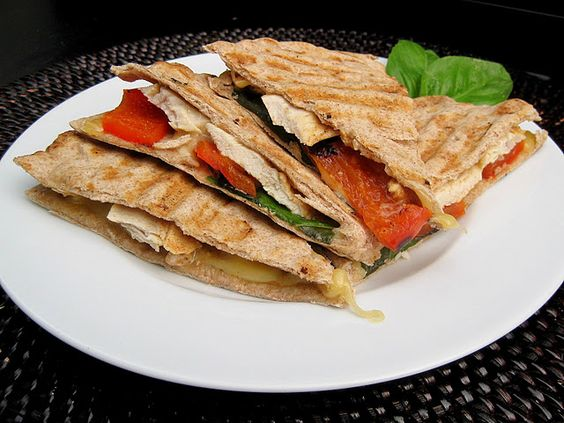 Grilled Chicken, Red Pepper, and Smoked Gouda Panini | food ...