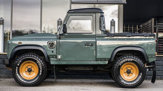 Keswick+Green+Land+Rover+Defender+2.4+TDCI+90+Pick+Up+Chelsea+Wide+Track