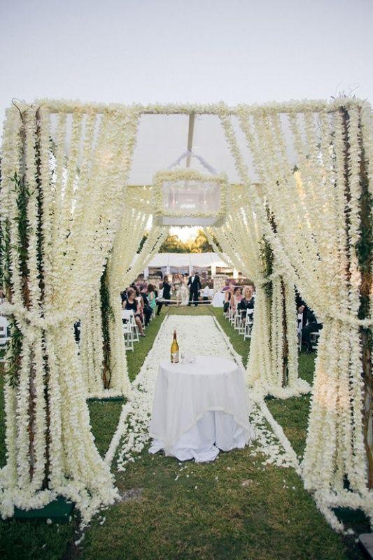 Alternative Beach Wedding Decorations