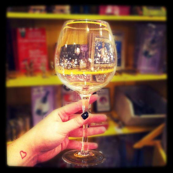 Wine Glass Xl The L O F T Optical Illusion Allows