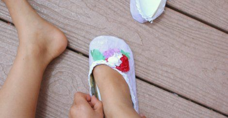 Making paper shoes! LOVE!