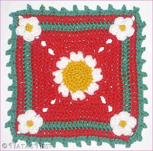 Natas Nest: Daisy Granny Mug Rug - Free Pattern