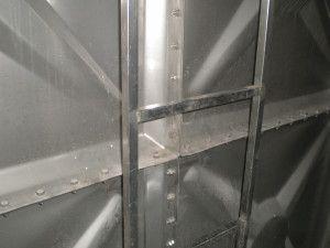 Prizmatik modüler su depoları, civatalarla birbirine sabitlenmiş modüllerden oluşur. Esnek modül sistemi sayesinde, depolamanın yapılacağı alanda optimum miktarda su depolanır ve alan kaybı yaşanmaz. Prizmatik modüler su deposu tasarımları deponun kurulacağı mekanın büyüklüğüne, konumuna ve gerekli olan su depolama kapasitesine göre oluşturulur.  Depo Sipariş:0543 911 49 20