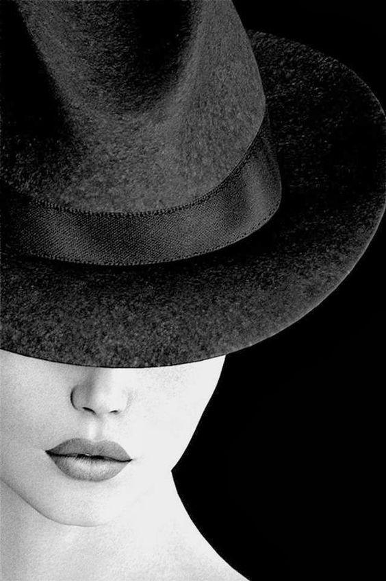 Noir et blanc chapeau photographie pinterest sexy for Tableau portrait noir et blanc
