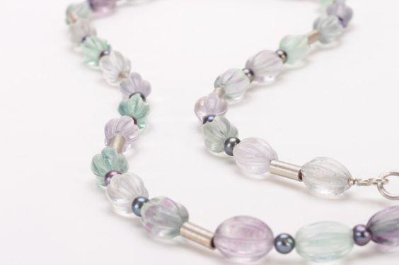 Kette   Fluorit & Perlen   Silber 925 von Schmuckbotschaften auf DaWanda.com
