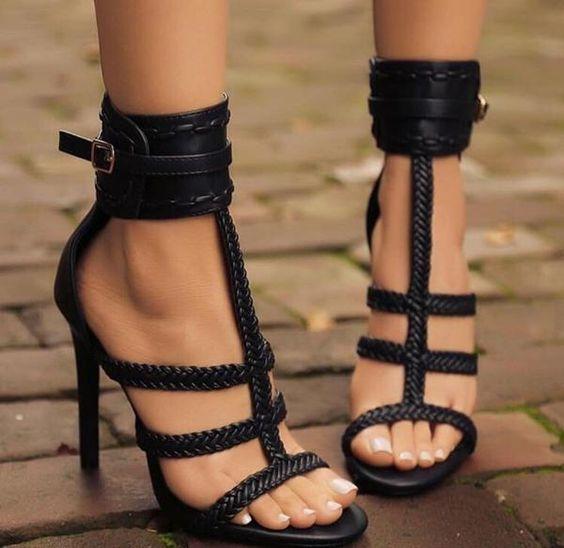 Cuff Me Heels (Black)