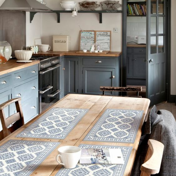 Des sets de table aux motifs carreaux de ciment, Beija Flor: