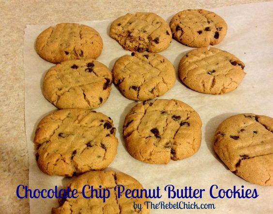 GLUTEN FREE chocolate chip peanut butter cookie recipe
