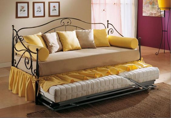 Divano letto in ferro singolo cecilia particolare 1 for Divano a letto singolo