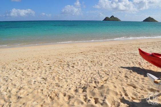 Steps from beautiful Lanikai Beach