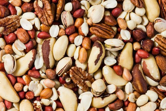 What is #healthy size portion of nuts? A golf ball size of unsalted nuts will provide an vitality boosting snack. Mix up your nuts as each one has its own nutritious benefits. #HealthyEatingTips