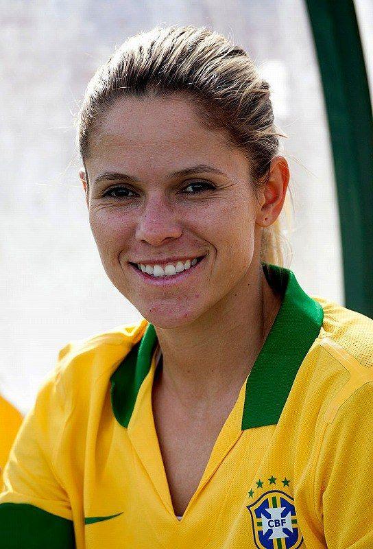 サッカー、エリカ・クリスチアーノ・ドス・サントス (ブラジル)=ゲッティ