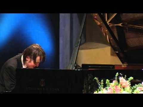 Daniil Trifonov, piano | Chopin: 12 Etudes, op. 25 at the Arthur Rubinstein Piano Master Competition, May 2011 in Tel Aviv (YouTube)