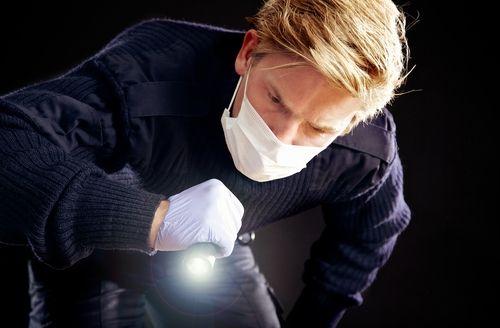 how to become a forensic nurse