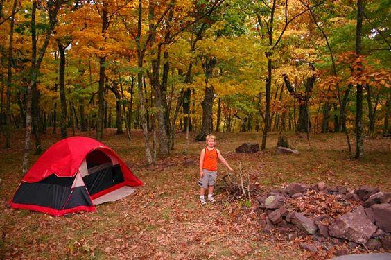 Cắm trại - hoạt dộng thú vị của mùa thu
