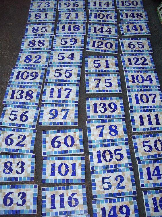 numerais em mosaico para condomínio.
