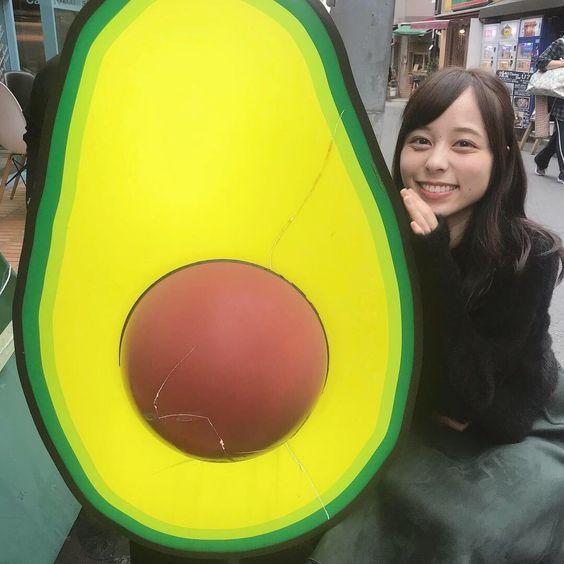 アボカドと山本萩子アナ