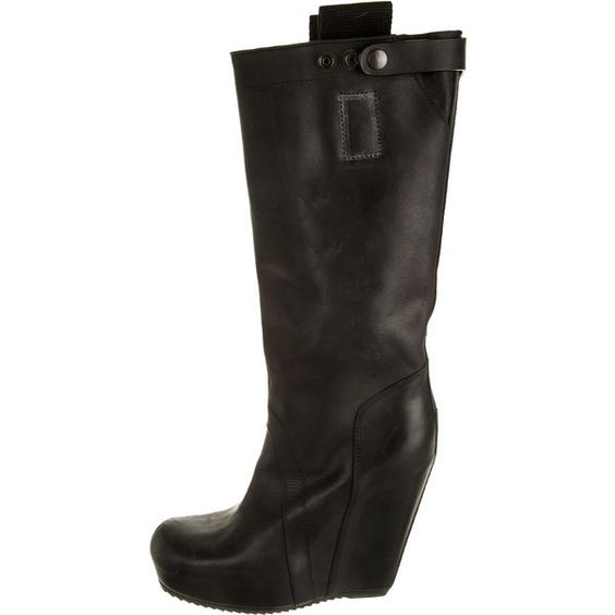 Pre-owned Rick Owens Boots (825 BAM) ❤ liked on Polyvore featuring shoes, boots, black, leather boots, black leather boots, round cap, genuine leather boots and black boots