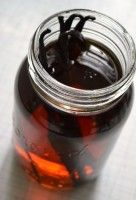 Homemade-Vanilla-Extract