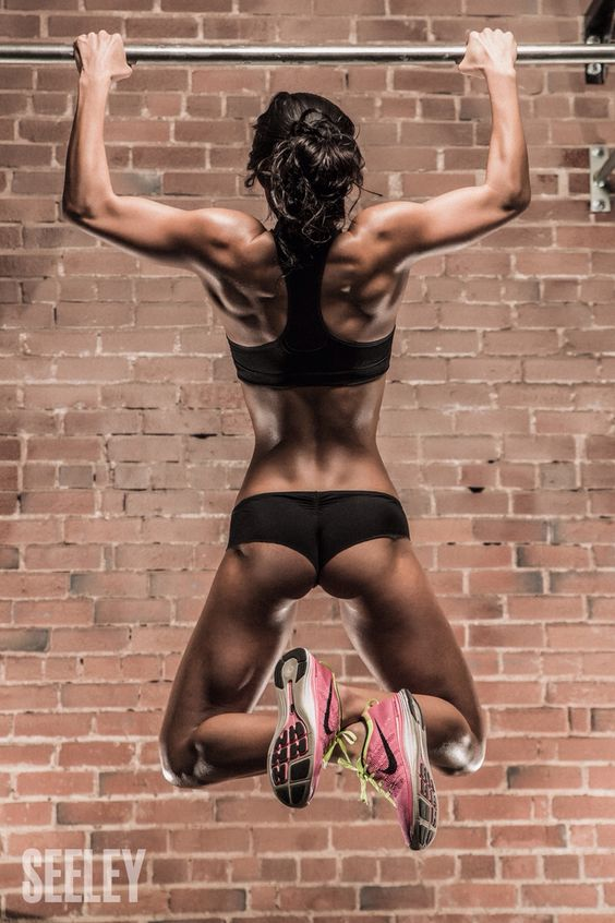 """If this isn't motivation for women to do upper body workouts then I don't what is! Don't shy away from the """"men's exercises"""" get in the game and this is what you can achieve."""