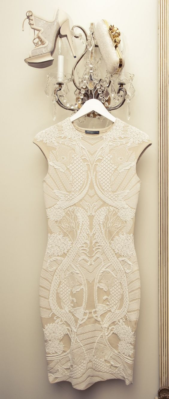 Perfect for a bridal shower. Bridal Shower Attire // Aisle Perfect