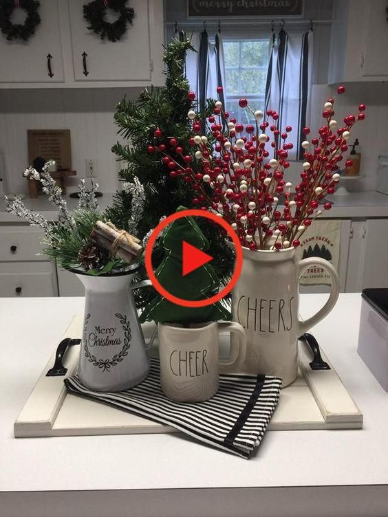 Christmas Decor Musthaves In 2020 Christmas Decor Diy Christmas Decorations Holiday Decor