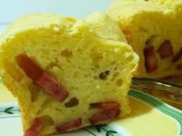 Resultado de imagem para bolo de queijo ralado