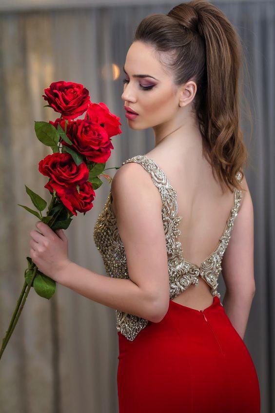 ألبوم صور ملكات جمال الورد والزهور بنات جميلات خلفيات للتصميم Ba8ac3fc6cda64826d4bef919e12cf9c