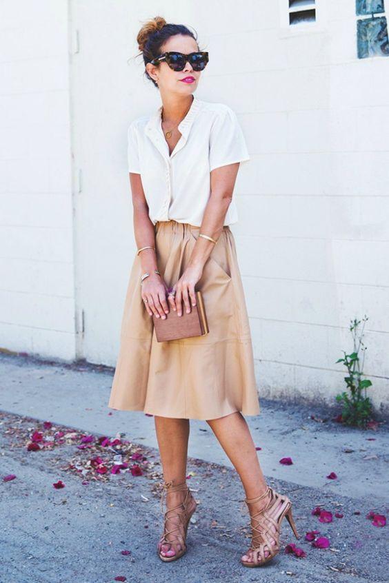 Look t-shirt com saia chique e perfeito