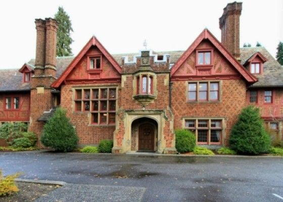 Historic Haddaway Hall In Tacoma On The Market Mansions Mansions For Rent Florida Condos